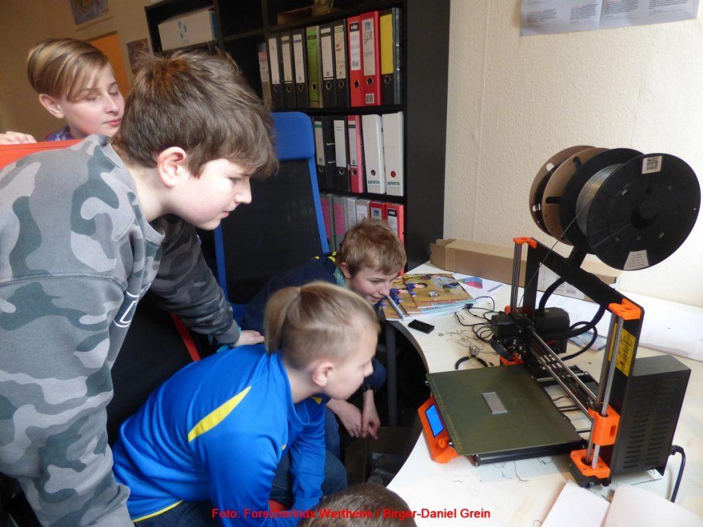 Forscherkids Schülerlabor: Erster Kurs des neuen Angebots kam gut bei den Jungforschern an  – Schüler erhielten Einblick in 3D-Design und 3D-Druck